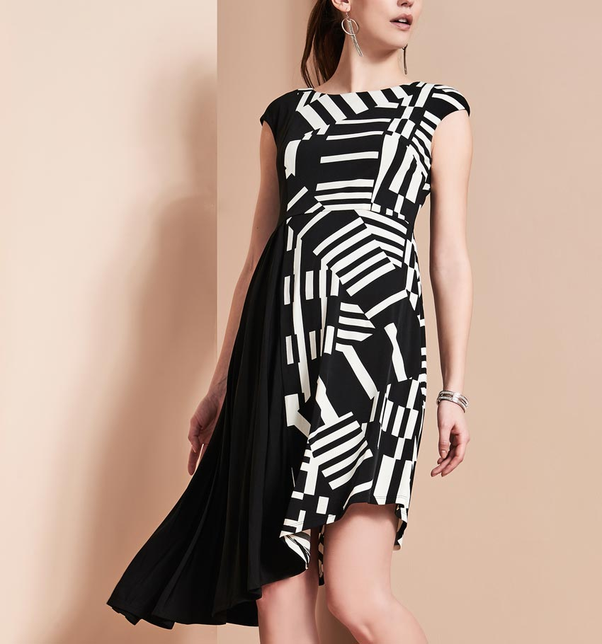 Maggy London Graphic Print Dress