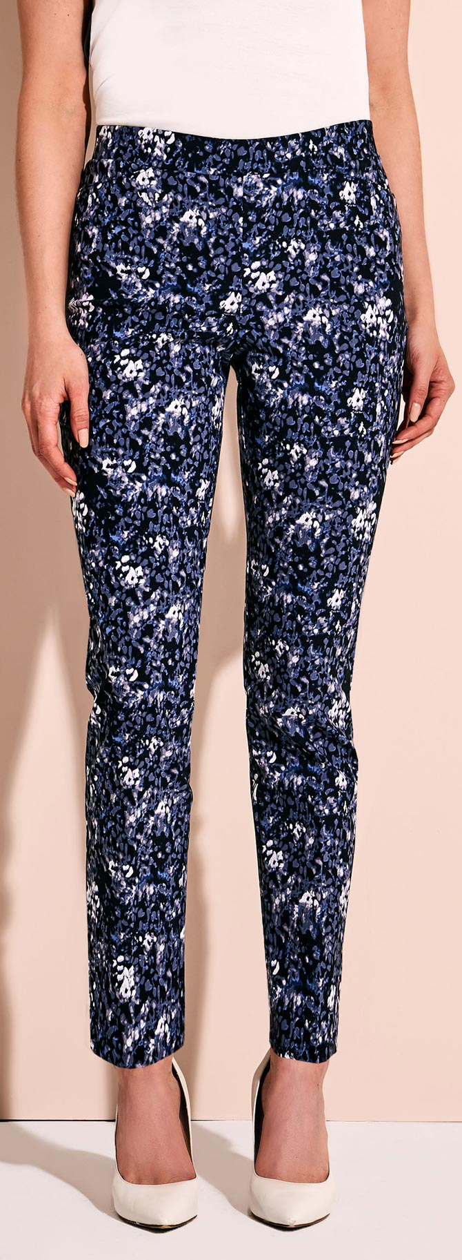 Abstract Print Tummy Control 7/8 Pants