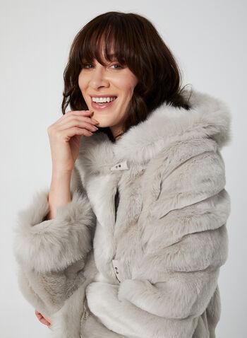 Nuage - Manteau en fausse fourrure, Argent,  manteau, fausse fourrure, capuchon, brandebourg, poches, automne hiver 2019