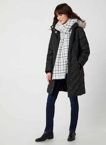 Manteau matelassé à capuchon, Noir,  manteau, capuchon, fausse fourrure, poches, duvet, chevrons, automne hiver 2019