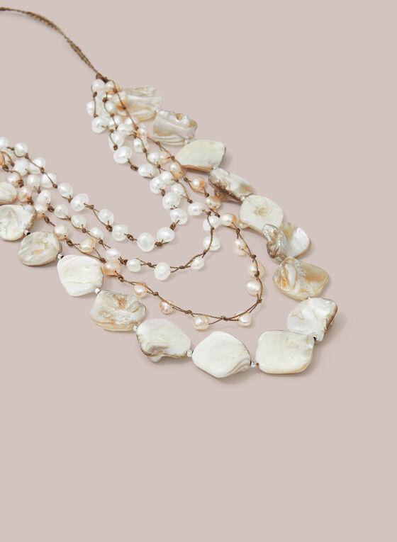 Collier à perles et coquillages , Blanc cassé
