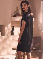 Robe à manches courtes et poche, Noir