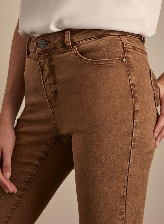 Jeans à jambe étroite et ourlet ornementé, Brun