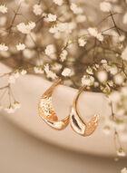 Boucles d'oreilles dorées embossées , Or