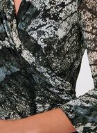 Haut motif feuilles à effet drapé et manches cloche ¾, Vert, hi-res