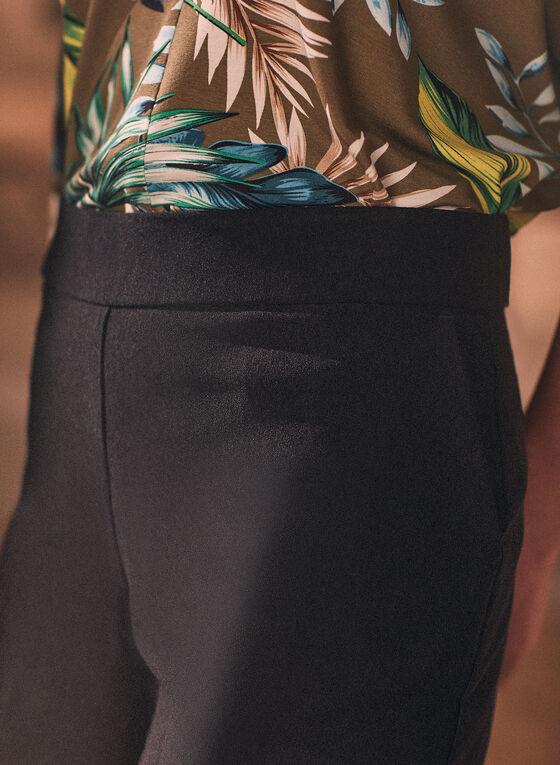 Scalloped Hem Shorts, Black
