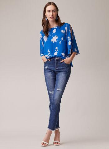 Blouse en mousseline à manches fendues, Bleu,  blouse, mousseline, col bateau, manches fendues, fleurs, fil, printemps été 2020