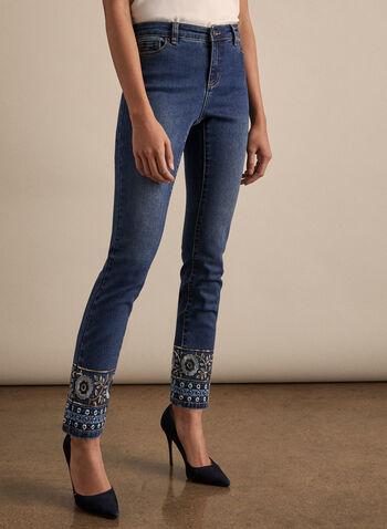 Jeans à jambe étroite et ourlet brodé , Bleu,  jeans, jambe étroite, ourlet brodé, sequins, coton, poches, taille haute, longueur cheville, printemps été 2020