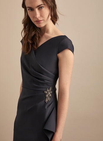 Alex Evenings - Robe fourreau à détail bijou, Gris,  robe cocktail, col croisé, broche, bijou, effet plissé, printemps été 2020
