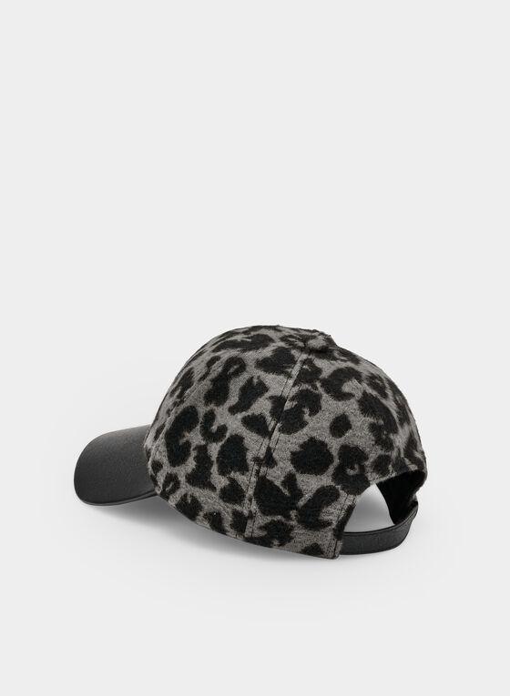 Vince Camuto - Leopard Print Cap, Grey