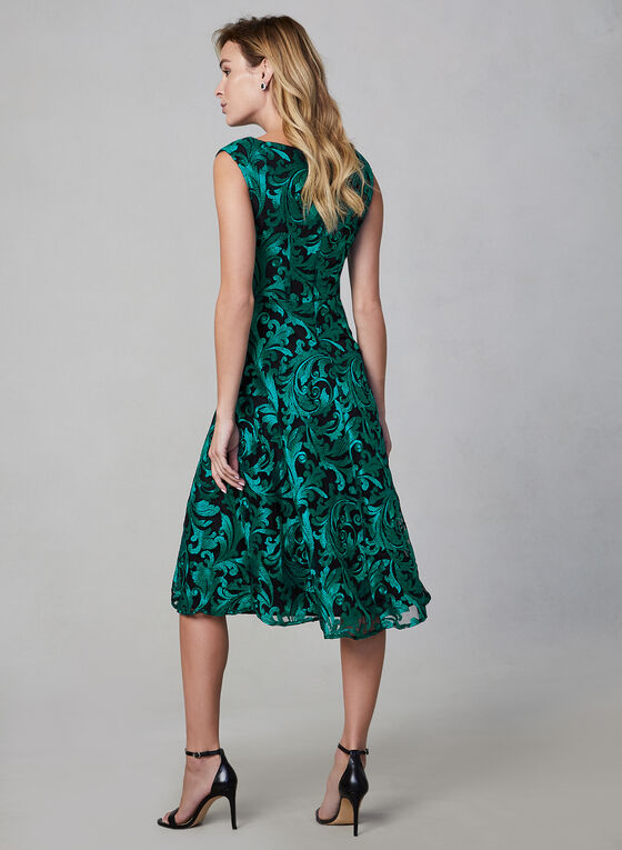 Embroidered Lace Cocktail Dress, Green