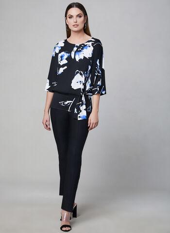 Haut fleuri à manches ¾, Bleu,  col dégagé, manches kimono, fleurs, lien, printemps 2019