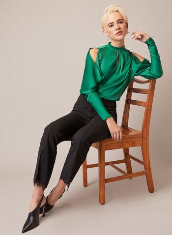 Blouse satinée à détails ajourés, Vert,  automne hiver 2020, blouse, satinée, col montant, ajours, épaules dénudées, manches longues