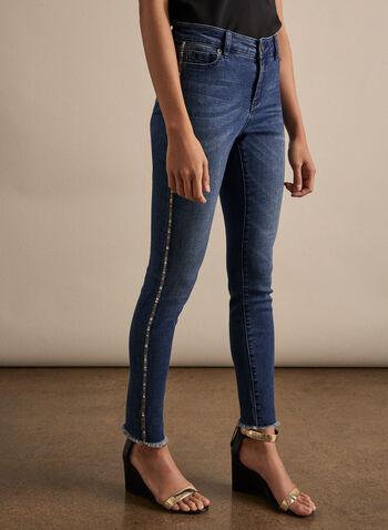 Jeans à ourlet frangé et bandes ornementées, Bleu,  jeans, jambe étroite, bande ornementée, coton, poches, zip, ourlet frangé, printemps été 2020
