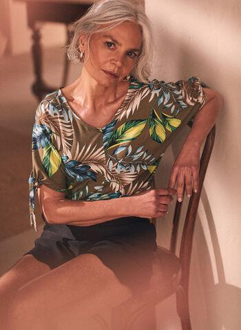 Blouse à manches nouées, Vert,  haut, top, blouse, encolure en V, col en V, manches 3/4, noeuds, motif tropical, imprimé, fait au Canada, printemps été 2021