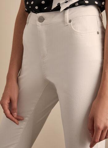 Capri en jean à ourlet frangé, Blanc,  printemps été 2020, jean, capri, poches, franges