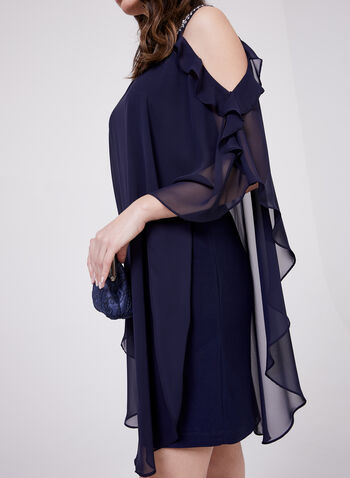 BA Nites - Robe à col bijou avec cape en mousseline, Bleu, hi-res