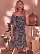 Robe courte en broderie anglaise à col Bardot, Bleu