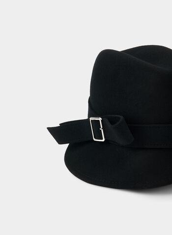 Fédora en laine, Noir,  boucle, chapeau, asymétrique, laine véritable, 100% laine, automne hiver 2019