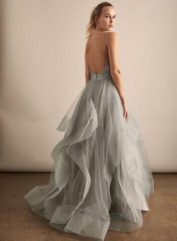 Terani Couture - Robe de bal pailletée en tulle, Argent,  robe de bal, col v, fines bretelles, tulle, pailleté, sans manches, superposition, corsage plissé, printemps été 2020