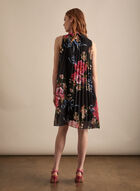 Floral Print Pleated Dress, Black
