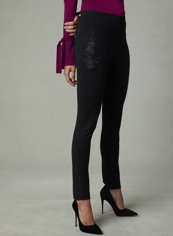 Pantalon à jambe étroite et broderies florales, Noir, hi-res,