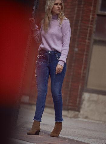 Jean à pierres et sequins, Bleu,  pantalons, bas, jeans, denim extensible, taille mi-haute, jambe étroite, bouton et glissière, ganses pour ceinture, poches, rivets métalliques, détail, perles, sequins, ourlet effiloché, automne hiver 2021