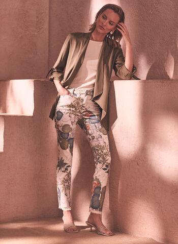 Jean à motif floral et ourlet effiloché, Blanc,  jean, taille mi-haute, jambe étroite, bouton, glissière, ganses pour ceinture, poches, ourlet effiloché, motif floral, fleuri, denim extensible, pantalon, bas, printemps été 2021