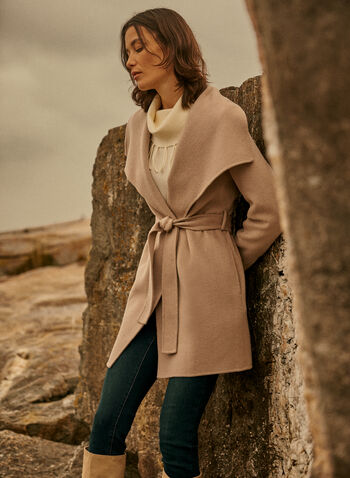 Tahari - Manteau court en laine mélangée, Beige,  automne hiver 2021, manteau, manteau court, laine, col à revers, manches longues, ceinture à nouer, ceinture-lien, ganses de ceinture, vêtement d'extérieur, confortable, chaud, poches latérales