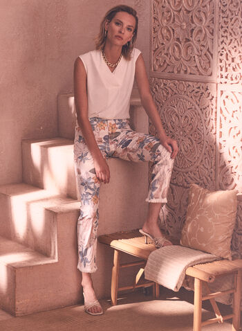 Capri à jambe étroite à motif floral, Blanc,  pantalon, capri, bas, taille mi-haute, jambe étroite, bouton, glissière, poches, ourlet effiloché, motif, floral, fleuri, printemps été 2021
