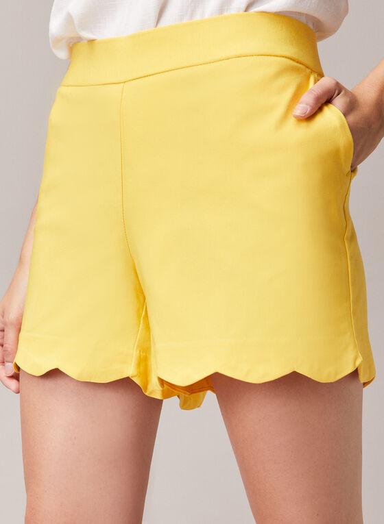 Scalloped Hem Shorts, Yellow