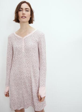 Robe de nuit à motif animal, Rose,  exclusivité en ligne, pyjama, robe de nuit, encolure V, boutons, bande contrastante, trou pour le pouce, motif animal, léopard, automne hiver 2021