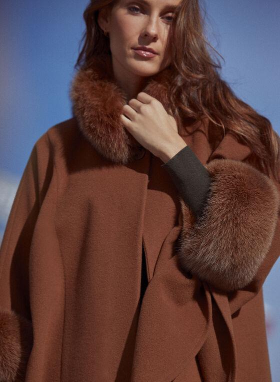 Mallia - Cape en laine à détails de fourrure, Beige