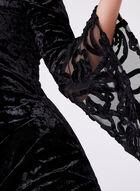 Cachet - Robe en panne de velours à épaules dénudées, Noir, hi-res