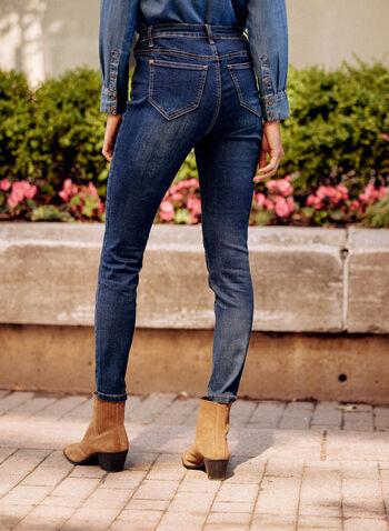 Jean doux à jambe étroite et effet délavé, Bleu,  pantalon, bas, jeans, taille mi-haute, bouton, glissière, ganses, poches, rivets métalliques, denim, extensible, effet délavé, automne 2021