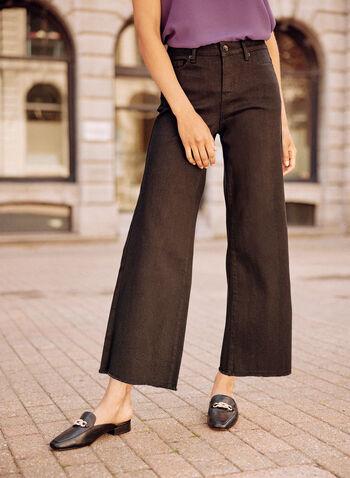 Jean écourté à jambe large, Noir,  jean, pantalon, taille mi-haute, jambe large, bouton, glissière, ganses pour ceinture, poches, rivets métalliques, denim extensible, automne 2021