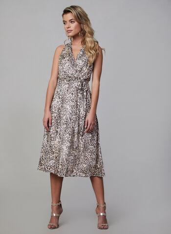 Robe de soirée portefeuille à motif léopard, Blanc, hi-res,  automne hiver 2019, imprimé animal, robe de soirée, coupe cintrée évasée