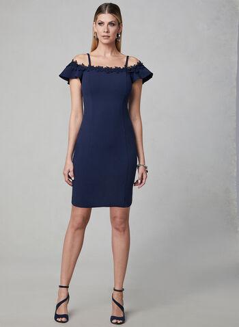 Kensie - Robe en crêpe à épaules dénudées, Bleu,  robe cocktail, crêpe, épaules dénudées, manches courtes, fines bretelles, fleurs en crochet, printemps 2019