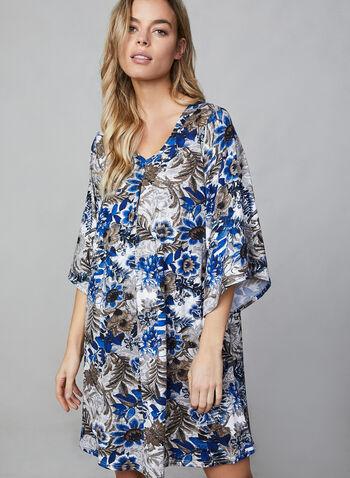 Robe de nuit à manches ange, Bleu,  encolure V, imprimé floral, motif, motifs, fleurs, automne hiver 2019