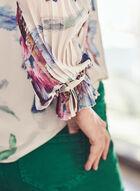 Haut à motif floral et manches plissées , Blanc