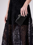 BA Nites - Robe en dentelle texturée et col V plongeant, Noir, hi-res