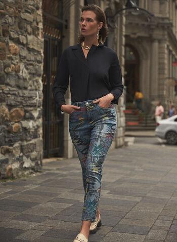 Joseph Ribkoff - Jeans à jambe droite à motif graffiti, Bleu,  jeans, pantalons, bas, taille mi-haute, exclusivité en ligne, jambe droite, ganses pour ceinture, poches, rivets métalliques, motif graffiti, automne hiver 2021