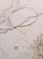 Collier à pendentif avec perles , Blanc cassé