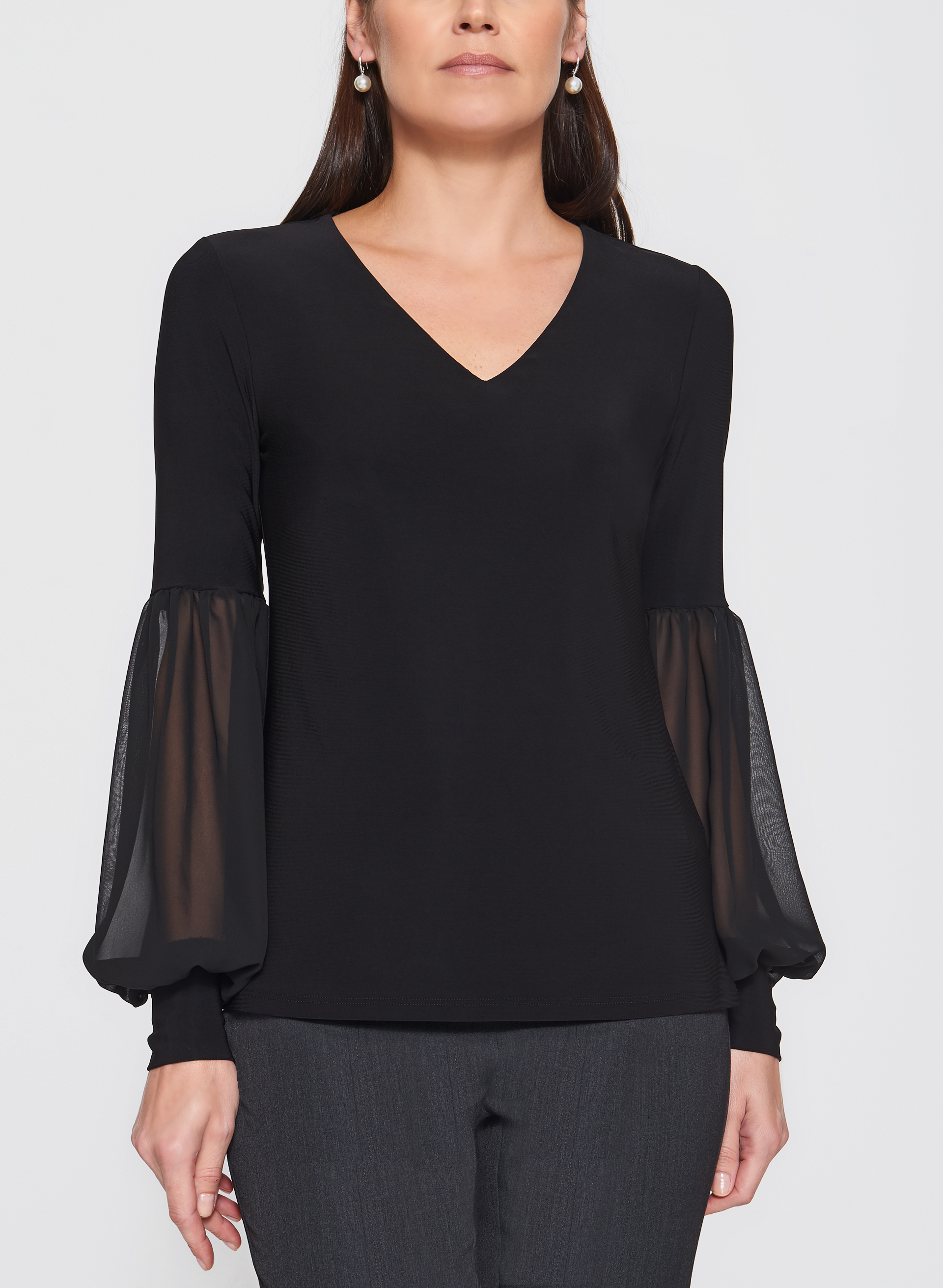 White Chiffon Blouses. Showing 40 of 54 results that match your query. Search Product Result. Product - Sexy V Neck Loose Long Sleeve Chiffon Shirt Pocket Top Plus Size Women Blouse. Product Image. Price $ Product Title. Sexy V Neck Loose Long Sleeve Chiffon Shirt Pocket Top Plus Size Women Blouse.
