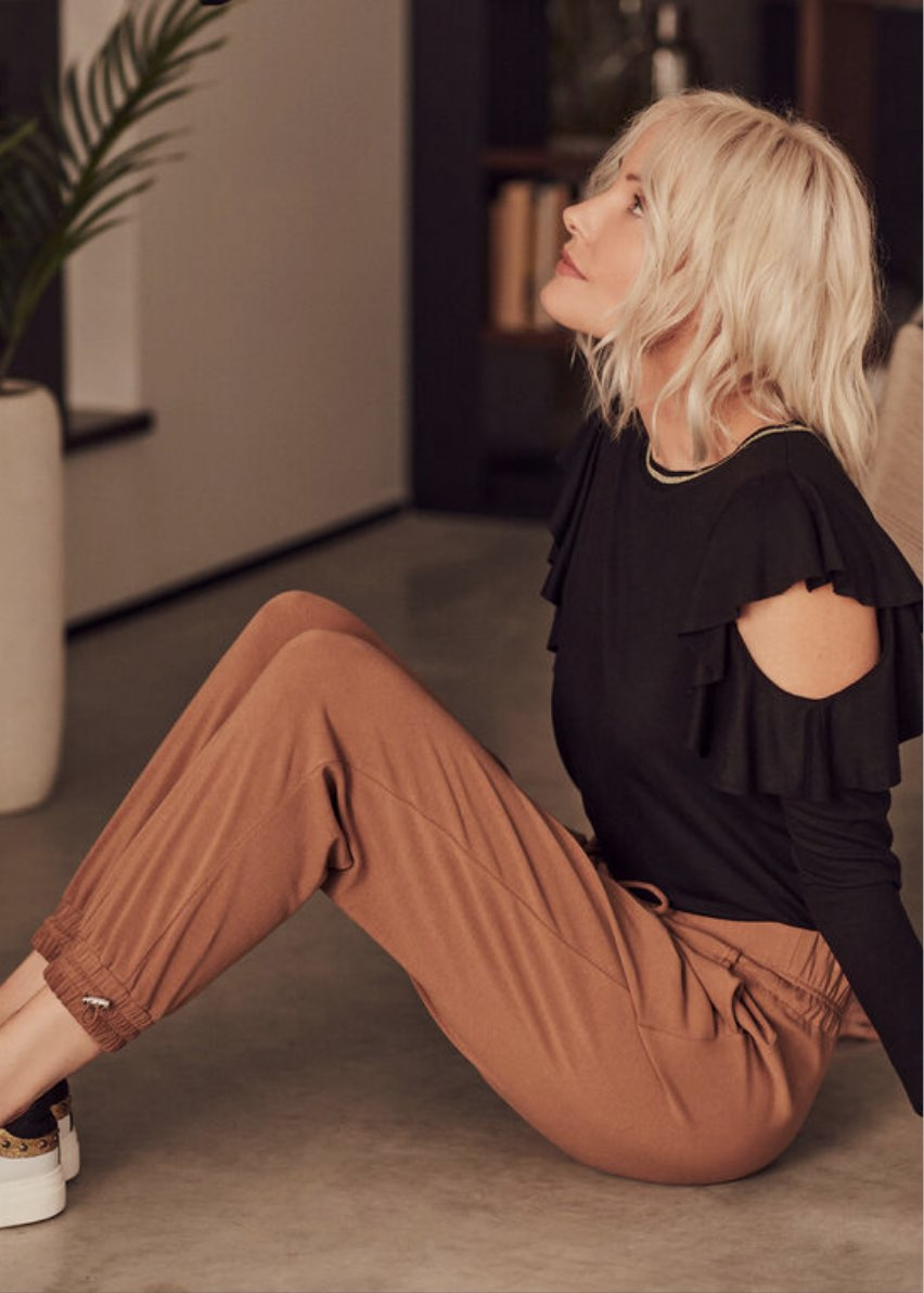 Indulge in sophisticated loungewear and relax with your style fully intact.
