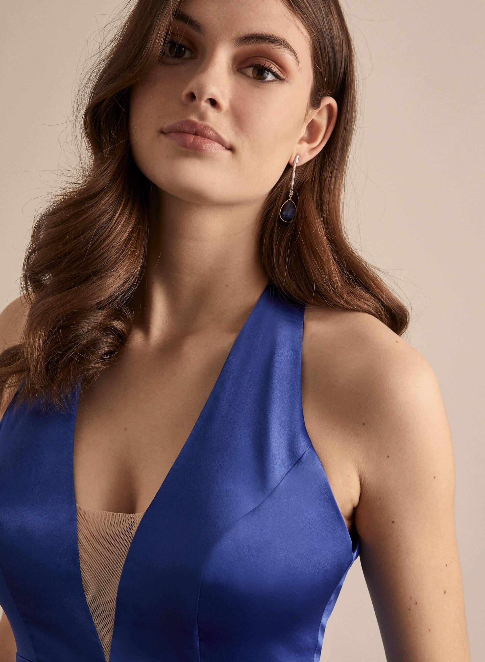 Prom - Melanie Lyne - 2020 - Robe satinée à décolleté en V