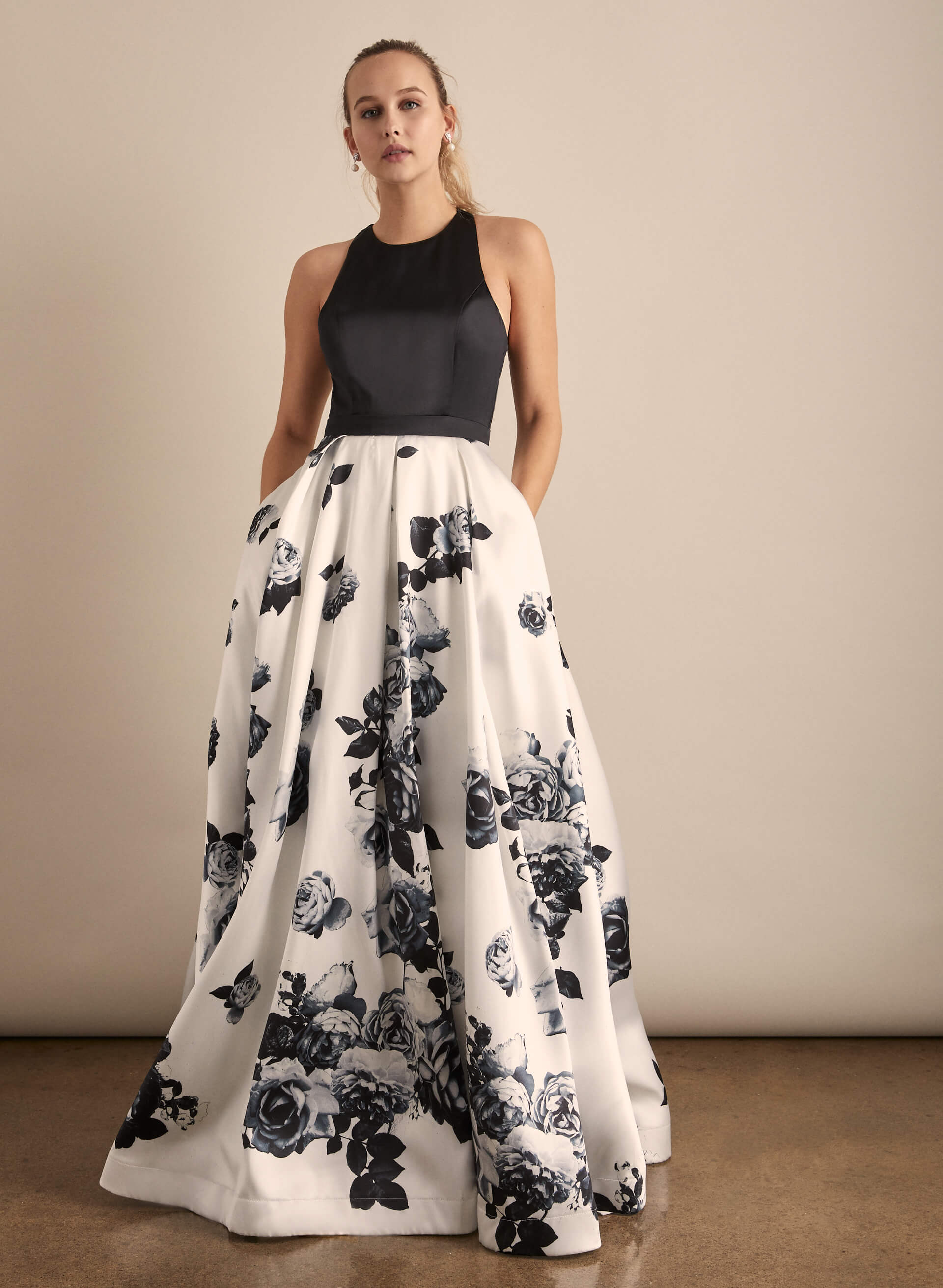 Prom - Melanie Lyne - 2020 - Crystal Doll - Robe de bal satinée à jupe fleurie