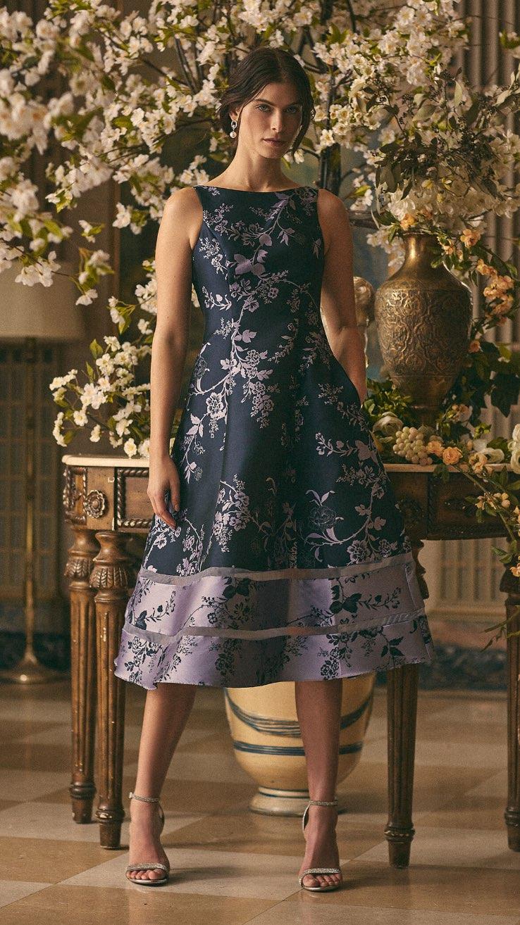 Adrianna Papell - Floral Motif Midi Dress