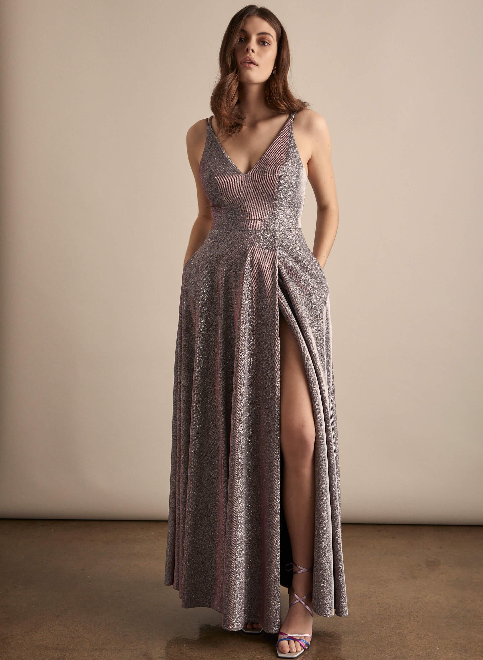 Prom - Melanie Lyne - 2020 - BA Nites - Robe métallisée à col V